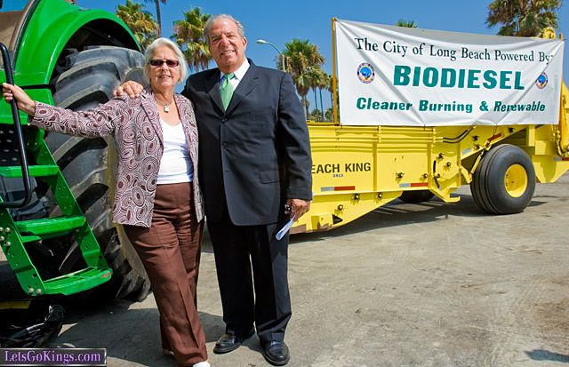 Long Beach District One Council Member Bonnie Lowenthal And Mayor Bob Foster