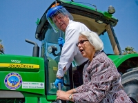 Long Beach Mayor Bob Foster And Bonnie Lowenthal Fuel Up The Biodiesel Tractor
