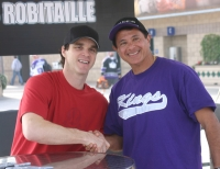 Robitaille and Kings Fan