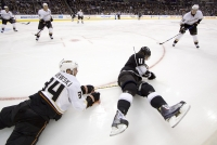 Kopitar Grabs The Puck