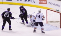 Dustin Brown Scores Game-tying Goal With 26 Seconds Left In Regulation
