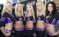 Los Angeles Kings Ice Girls -   Views: 17372