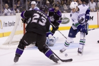 Dustin Brown Scoring Chance