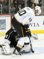 Corey Perry Threatens