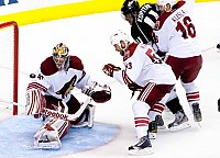 coyotes game 3 2012-380
