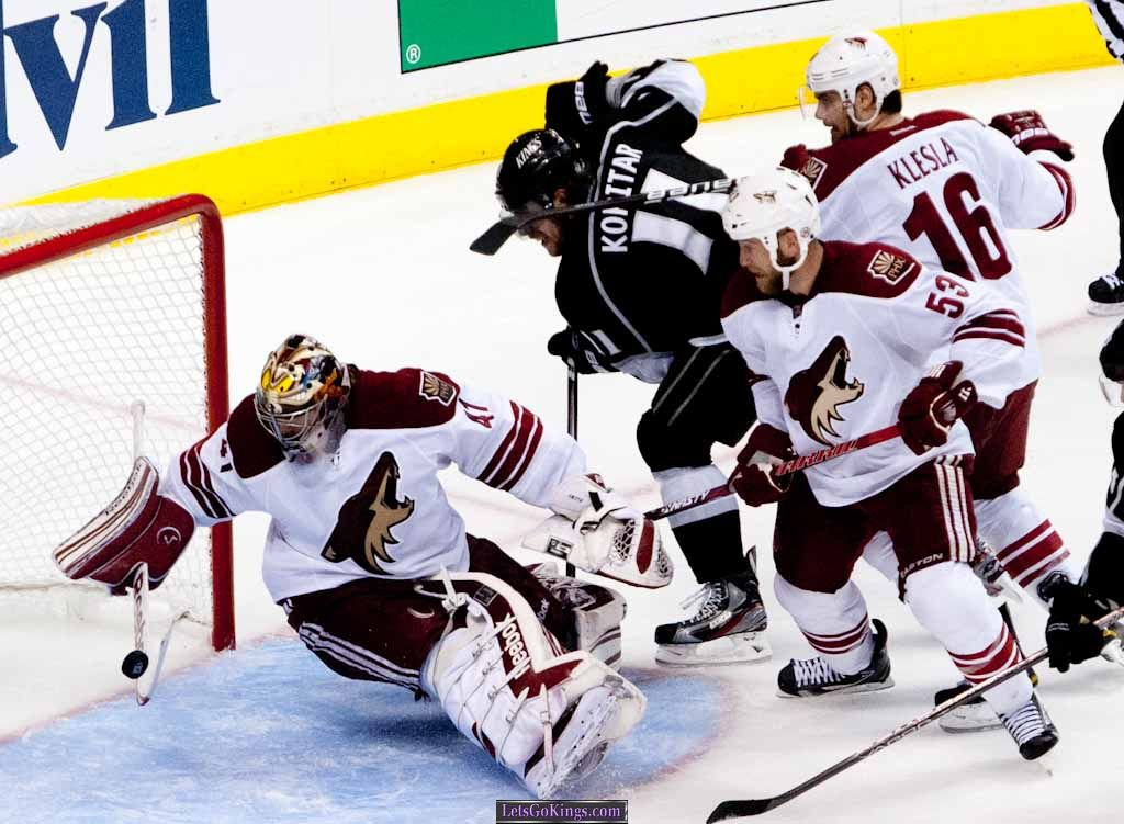 coyotes game 3 2012-383