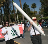 Orange County Norml With Big-ass Spliff -   Views: 21919