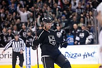 Jeff Carter celebrates second goal