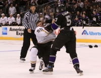 Wayne Simmonds Tags Troy Bodie