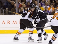 Kimmo Timonen Blocks Anze Kopitar