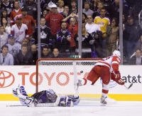 Henrik Zetterberg Wins It In The Shootout