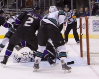 Ryane Clowe Scores For San Jose Sharks