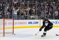 Dustin Brown Empty Netter